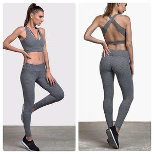Track & Bliss Honeycomb textured leggings gray